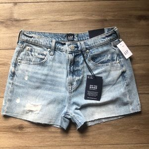Women's gap shorts